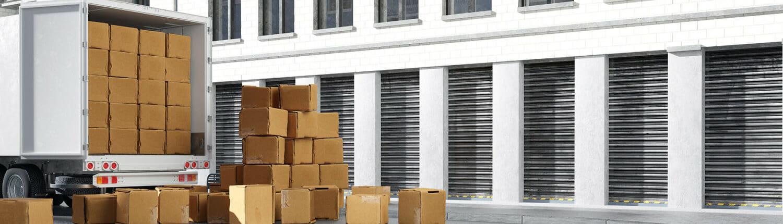 umzugsunternehmen heilbronn_lkw umzug mit kartons